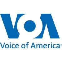 Logo of the podcast 晚点广播节目 - 美国之音