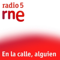 Logo of the podcast En la calle, alguien - Nos colamos en Radio Cristalera - 12/11/15