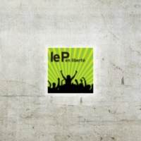 Logo of the podcast 02.Le P 18 mai - Jew nous parle de Spectacles et de showbizz