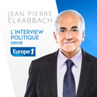 "Logo of the podcast Marine Le Pen : ""Monsieur Macron est un bébé Hollande, un Hollande junior"""