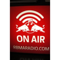 Logo de la radio Red Bull Music Academy Smart Bar Chicago