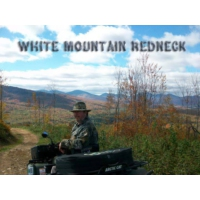 Logo de la radio White Mountain Redneck