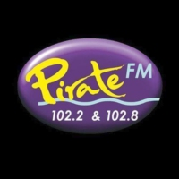 Logo de la radio Pirate FM 102.2 FM