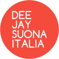 Logo of radio station DEEJAY Suona Italia
