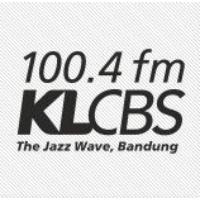 Logo de la radio KLCBS 100.4 fm
