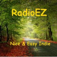 Logo of radio station RadioEZ