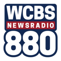 Logo de la radio WCBS 880 AM