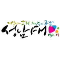 Logo of radio station Bundang FM 90.7