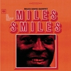 Cover of the album Miles Smiles