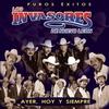 Cover of the album Puros Éxitos - Los Invasores de Nuevo León