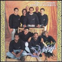 Cover of the track Con El Corazón... Cerca de Las Raíces