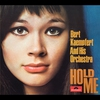 Couverture du titre Hold Me