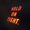 Couverture de l'album Hold on Tight - Single