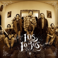 Cover of the track Wolf Tracks: The Best of Los Lobos